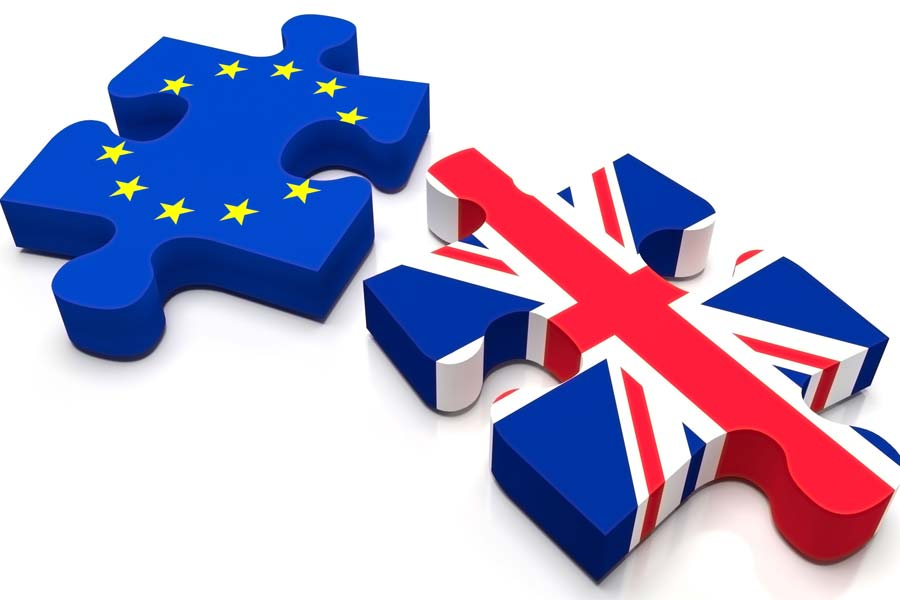 EU and UK Flags as puzzle pieces